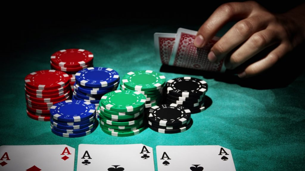 Manfaat Positif Bermain Poker IDNPLAY 2019